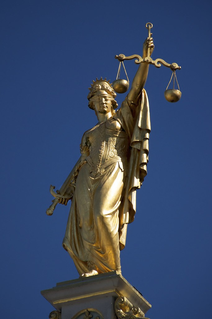 13.5 inch Lady Justice sculpture - RFB263 | Michelsons