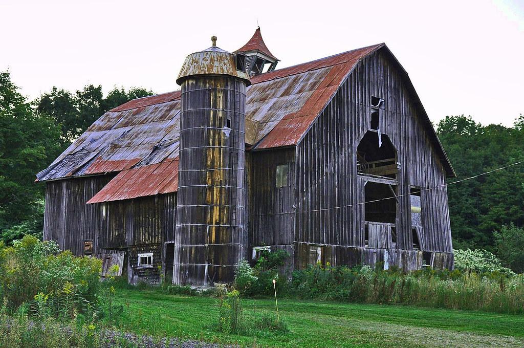 Série  vieux bâtiments et vieille grange vieille grange