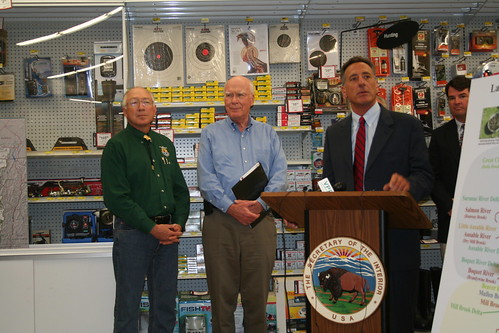 Secretary salazar senator leahy and vermont governor shum for Vermont fish and wildlife jobs