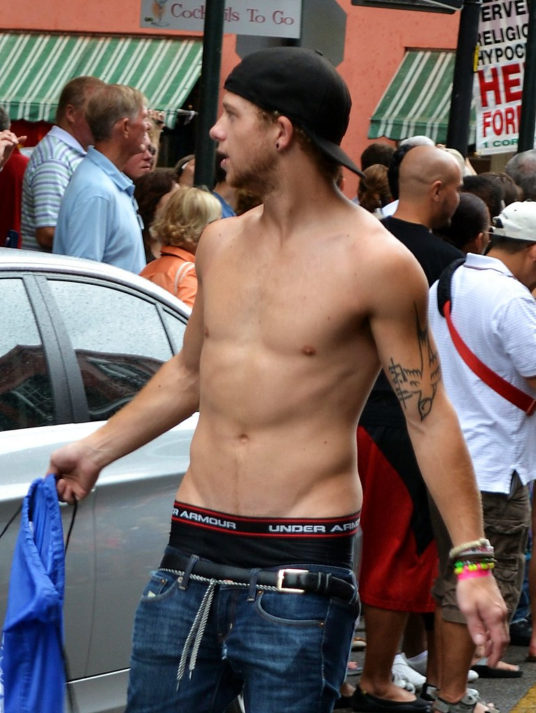 Sexy men sagging