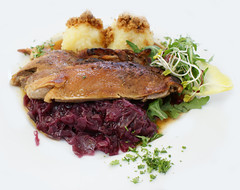 Entenbraten / Roast duck