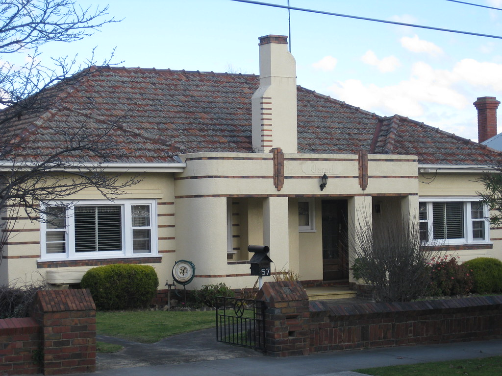 Carwel a streamline moderne art deco villa essendon for Deco moderne
