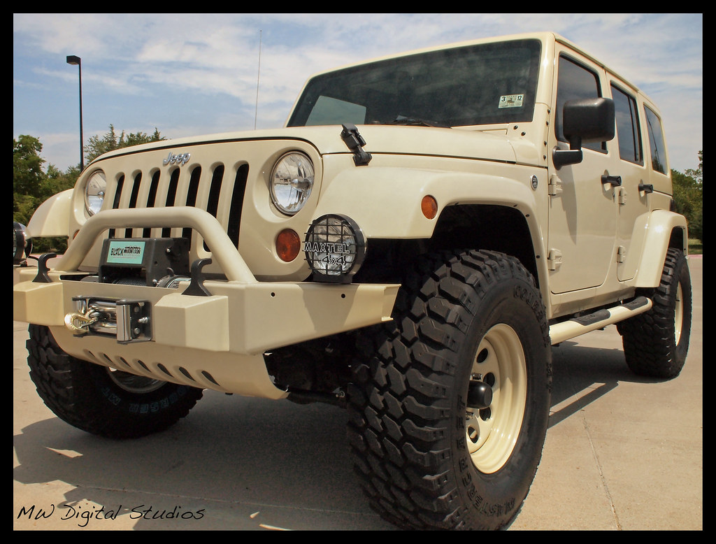 Sahara Tan Jeep Wrangler Unlimited | MWerfly | Flickr