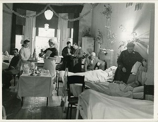 Jul på sykesal - Christmas at the hospital | by Riksarkivet (National Archives of Norway)