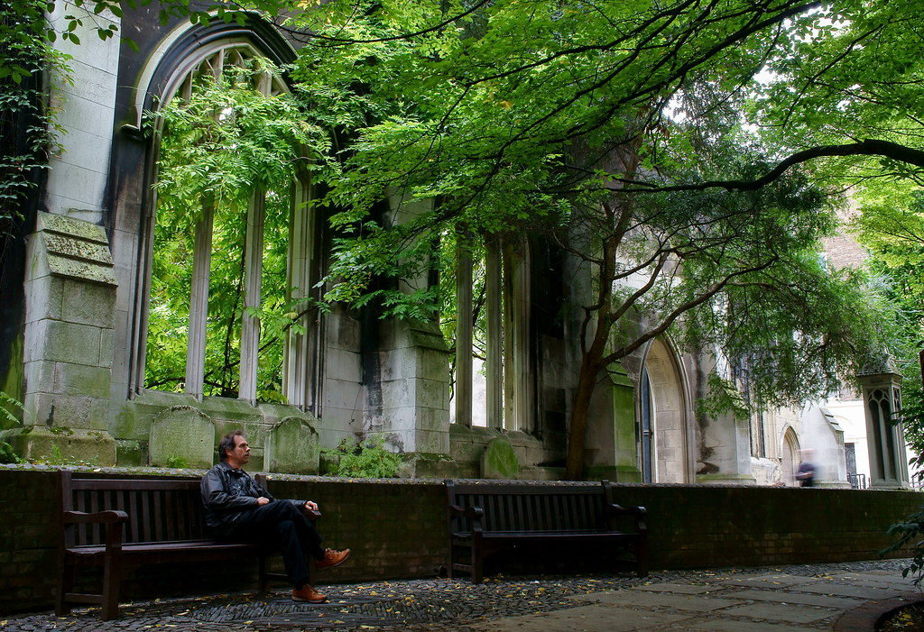 St.Dunstan in the East Church Garden   The bombed ruins of a…   Flickr