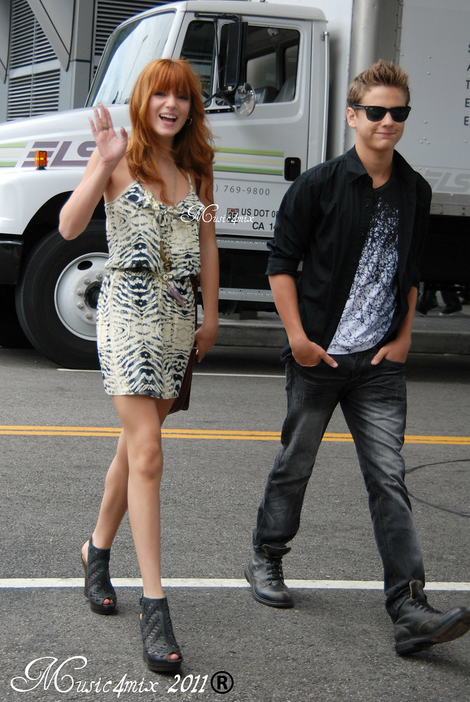 Bella Thorne And Garrett Backstrom Bella Thorne an...