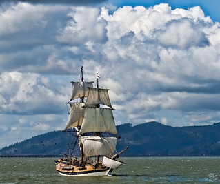 The Lady Washington Tall Ship on Columbia River at Astoria | by jvschuphoto