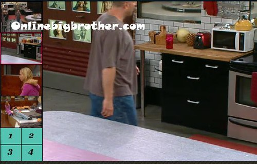 BB13-C1-8-19-2011-12_07_00.jpg | by onlinebigbrother.com