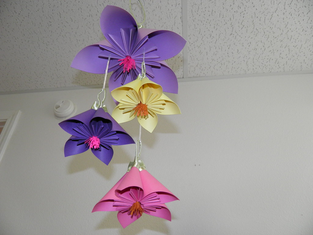 Flower paper mobile purple origami what a beautiful mobi flickr flower paper mobile purple origami by whimsical accents mightylinksfo