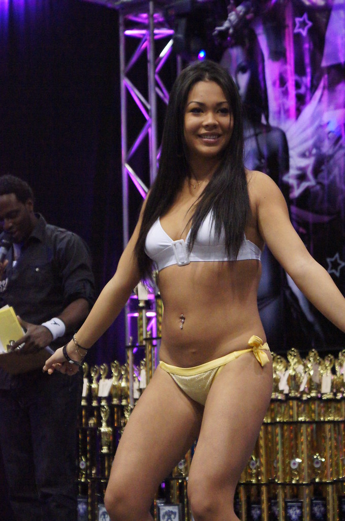 importfest bikini contest