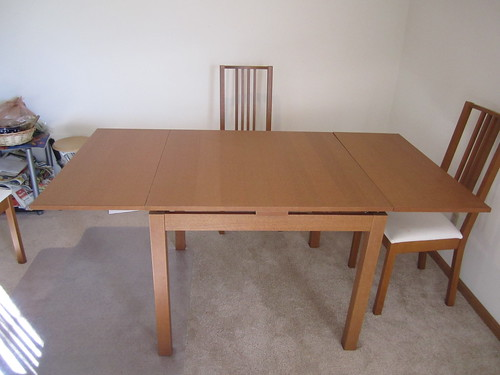 Bjursta Dining Table With 2 Pull Out Leaves Full