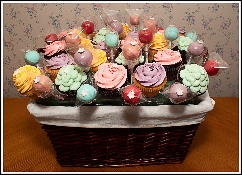 Cupcake Or Cake Pop Boquets