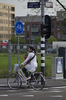 Amsterdam Cycle Chic Supermum | by Mikael Colville-Andersen