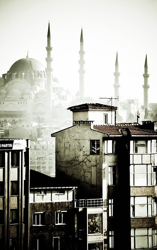 View on the Blue Mosque, Istanbul | by Chantal Fournier (Bayan Paparazzi)