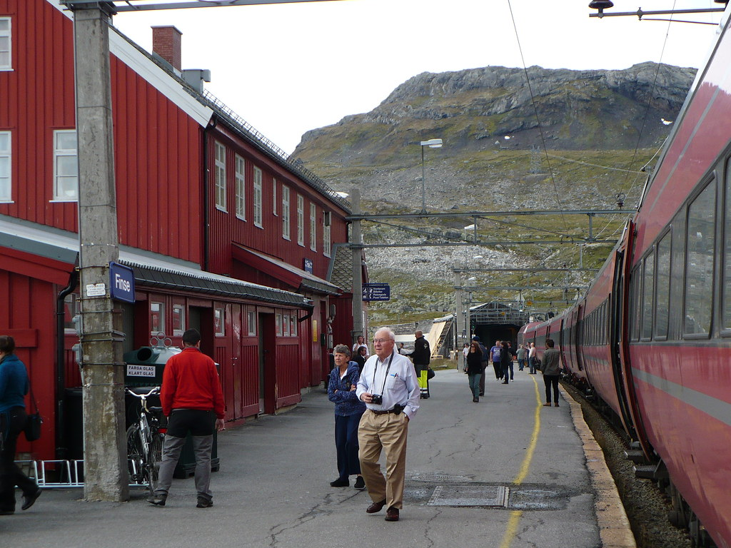 Finse Station | Finse is the highest railway station in ...