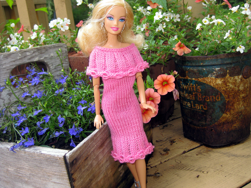 Barbie Knitting Patterns : Isabellas Barbie Dress 2 piece Barbie dress knit for my g? Flickr