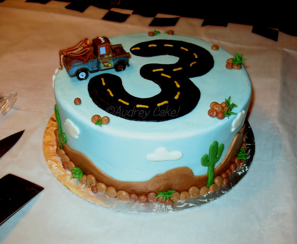 Easy Car Cake