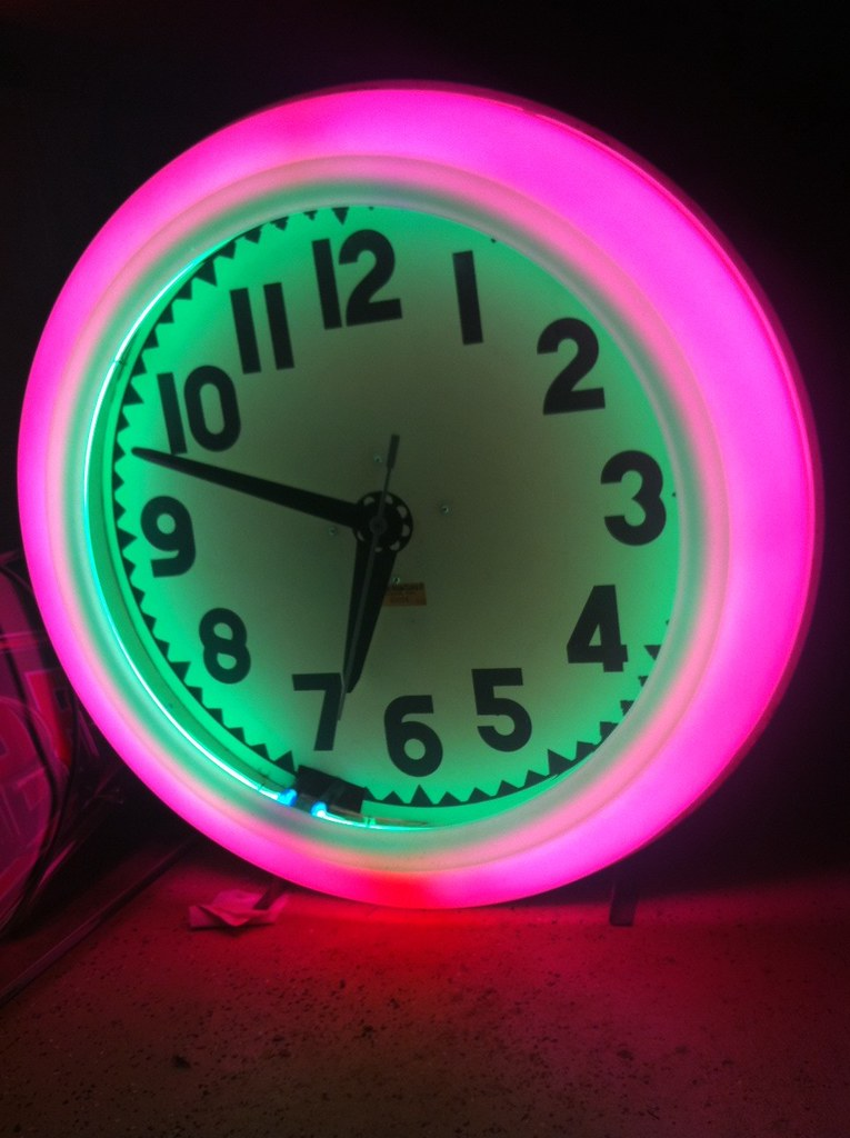 Cleveland Neon Clock This Is A Nice Example Of A