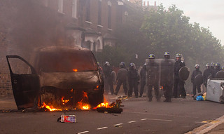 Hackney Riots - London Riots 8th August 2011 - Goulton Road | by bobaliciouslondon