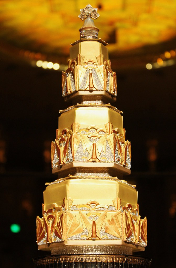 Art Deco Grooms Cake : Sugar Realm - Sugar Veil - Art Deco Wedding Cake Chandelie ...