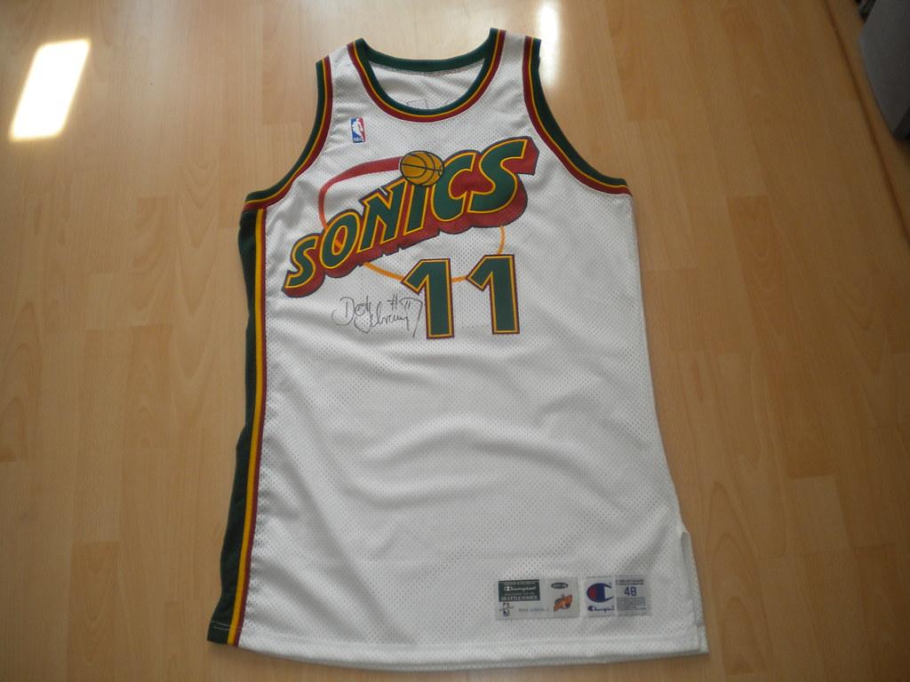 Detlef Schrempf game jersey signed 1997 1998 brdforce1