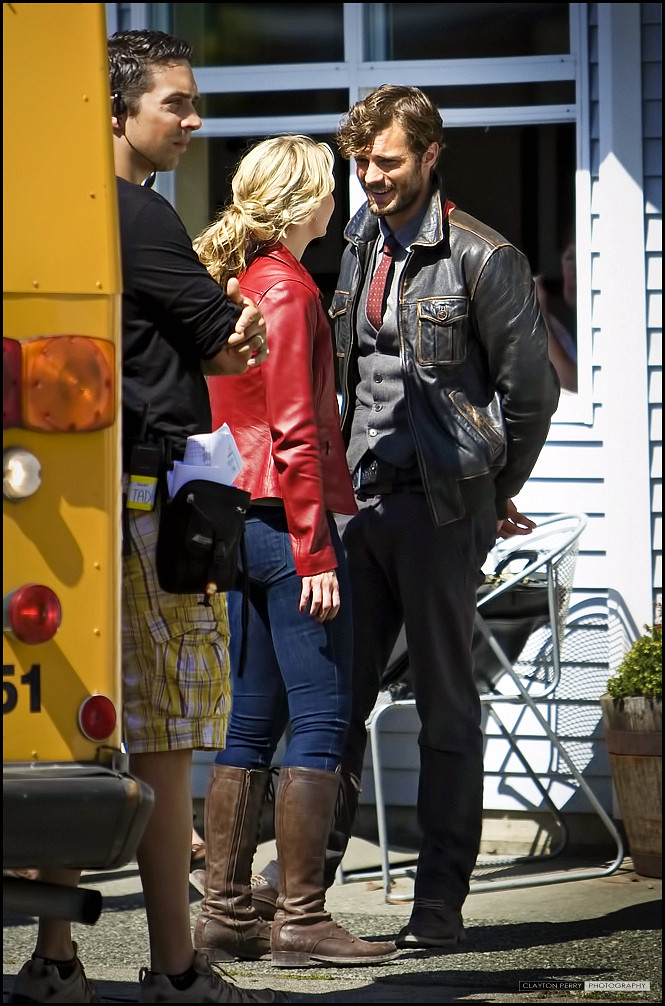 Jennifer Morrison & Jamie Dornan in ABC's Once Upon A Time ...