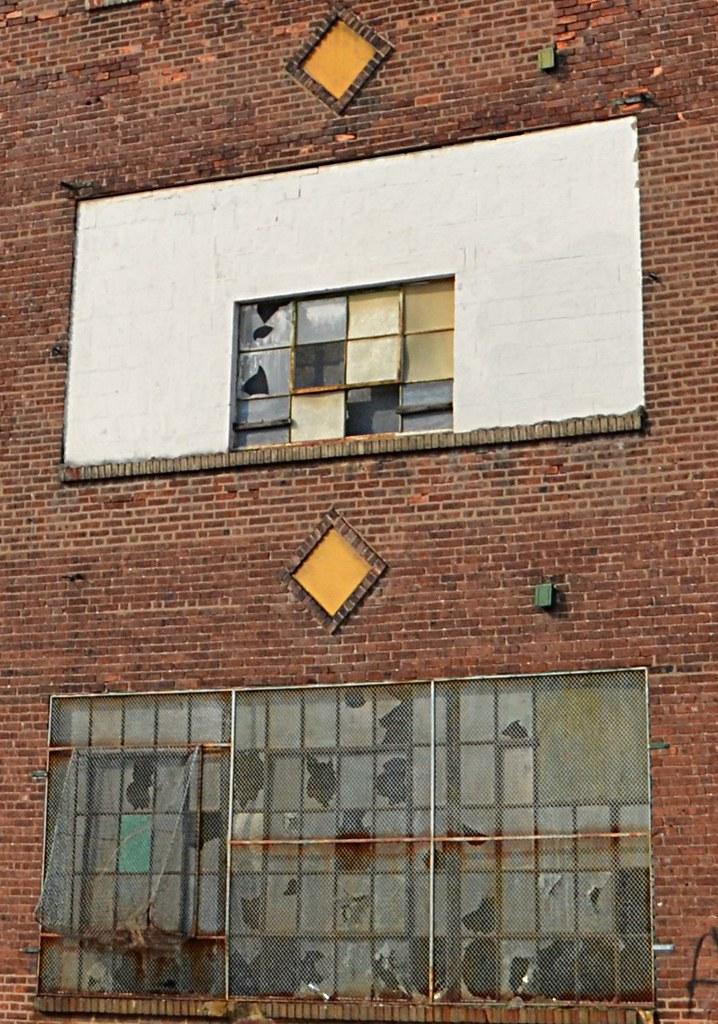 Window Diamond Detail Abandoned Factory In Trenton Nj Flickr