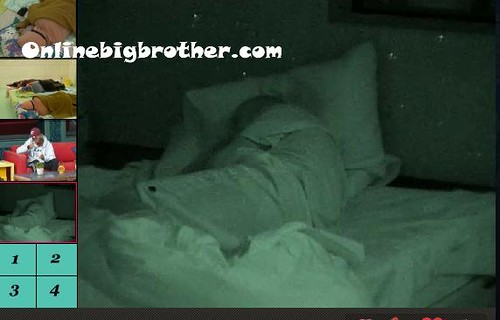 BB13-C4-8-22-2011-8_43_08.jpg | by onlinebigbrother.com