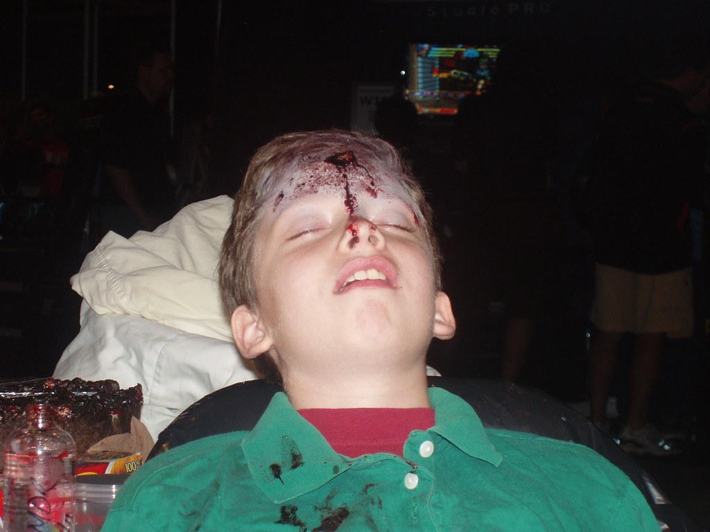 And finishes with a gunshot | Boy with gunshot wound makeup ...