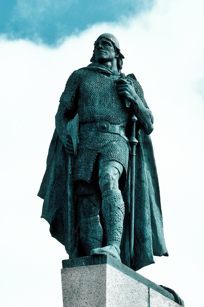Leif Erikson Memorial | Statue in front of the ...