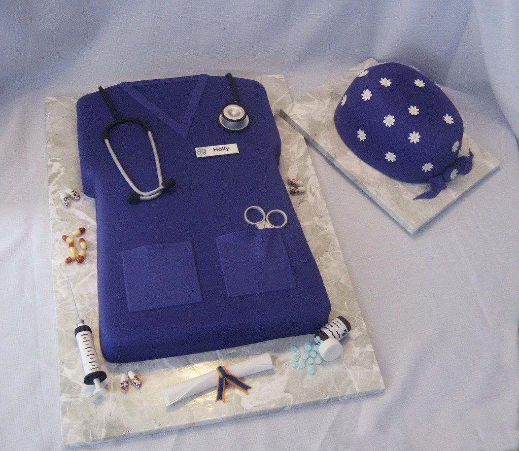 Nurse S Scrubs Fondant Covered Cakes All Accents Made