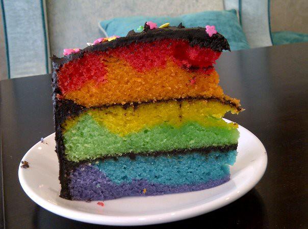 Rainbow Cake Artinya : Rainbow Cake with Chocolate Frosting Dazzling Cakes Flickr