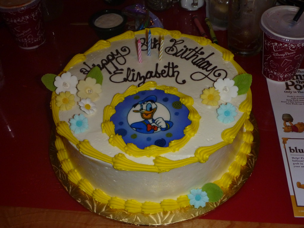 A Donald Duck Birthday Cake Velhagen Mandler Family Flickr