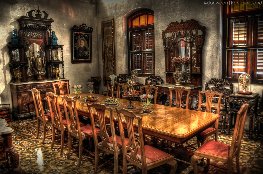 Dining room old mansion jonwoon flickr for In n out dining room hours