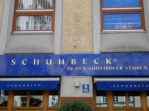 dsc05446a m nchen schubeck 39 s s dtiroler stuben ulrich. Black Bedroom Furniture Sets. Home Design Ideas