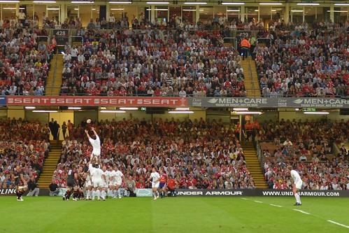 Wales 19 - 9 England
