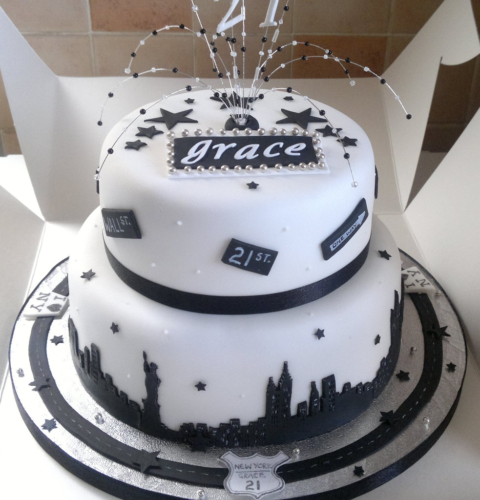 21st Birthday Cake Design For Her : New York Theme 21st Birthday Cake Liz Flickr