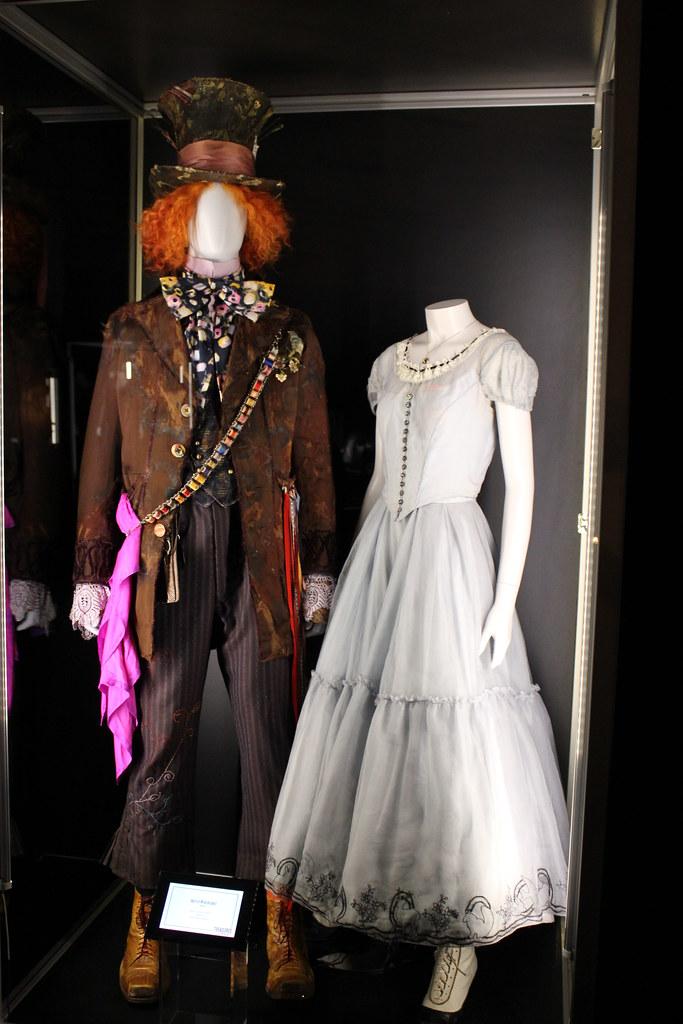D23 Expo 2011 Tim Burton's Alice in Wonderland Costumes ...   683 x 1024 jpeg 291kB