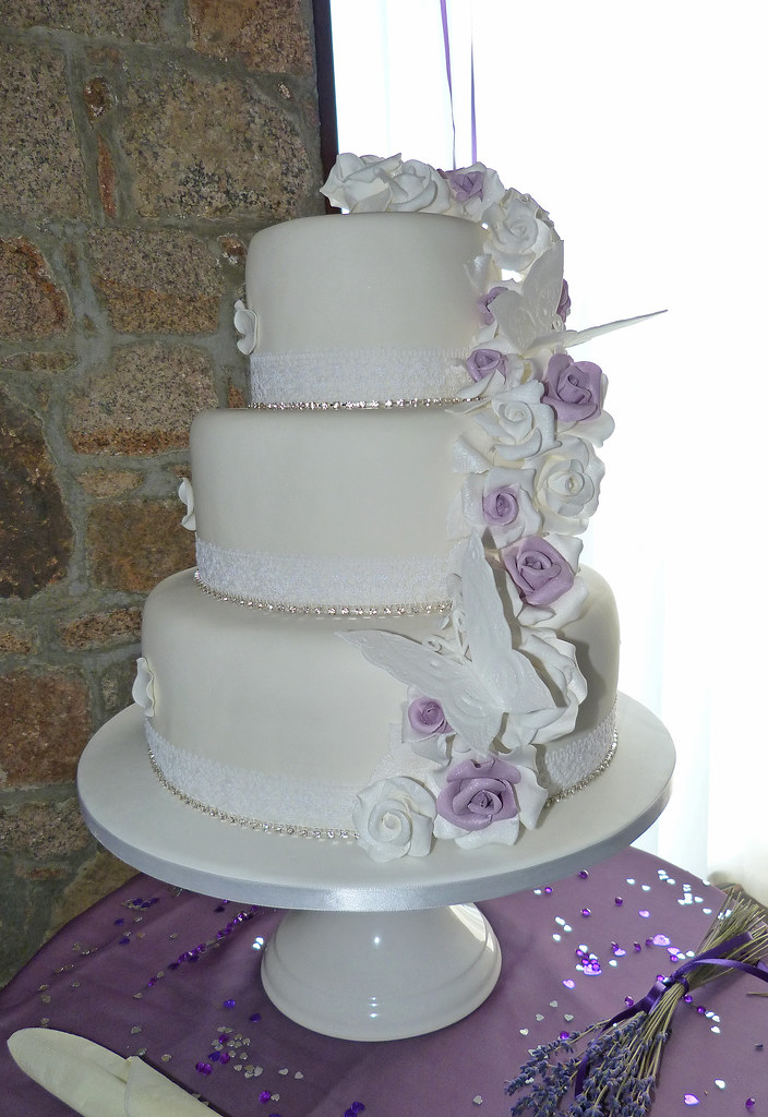 Lavender And Gold Wedding Cakes