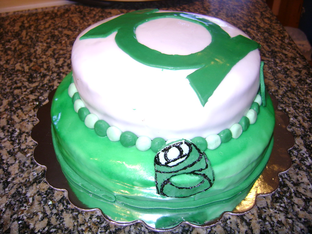 Green Lantern Birthday Cake Two Layer Fondant Green Lanter Flickr