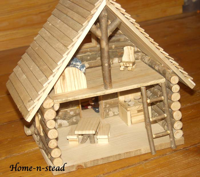 Little log cabin dollhouse once upon a very long time for Log cabin project
