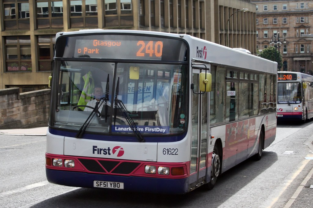 First Glasgow Volvo B10ble Wright Renown 61622 First