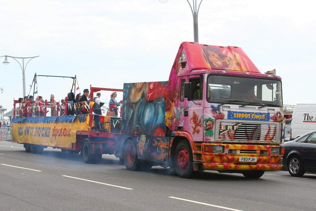 F83 PJH Zippo's Circus ERF | Hove,East Sussex,UK,21st August ... Circus