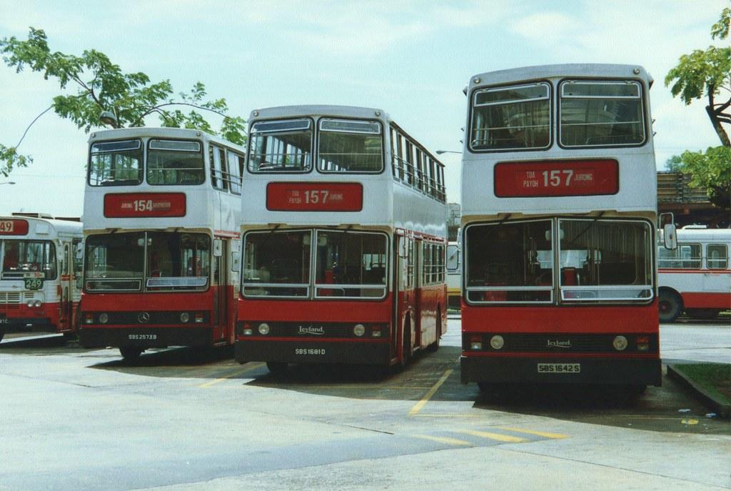 Singapore buses 1 25 october 1989 singapore a for Mercedes benz singapore