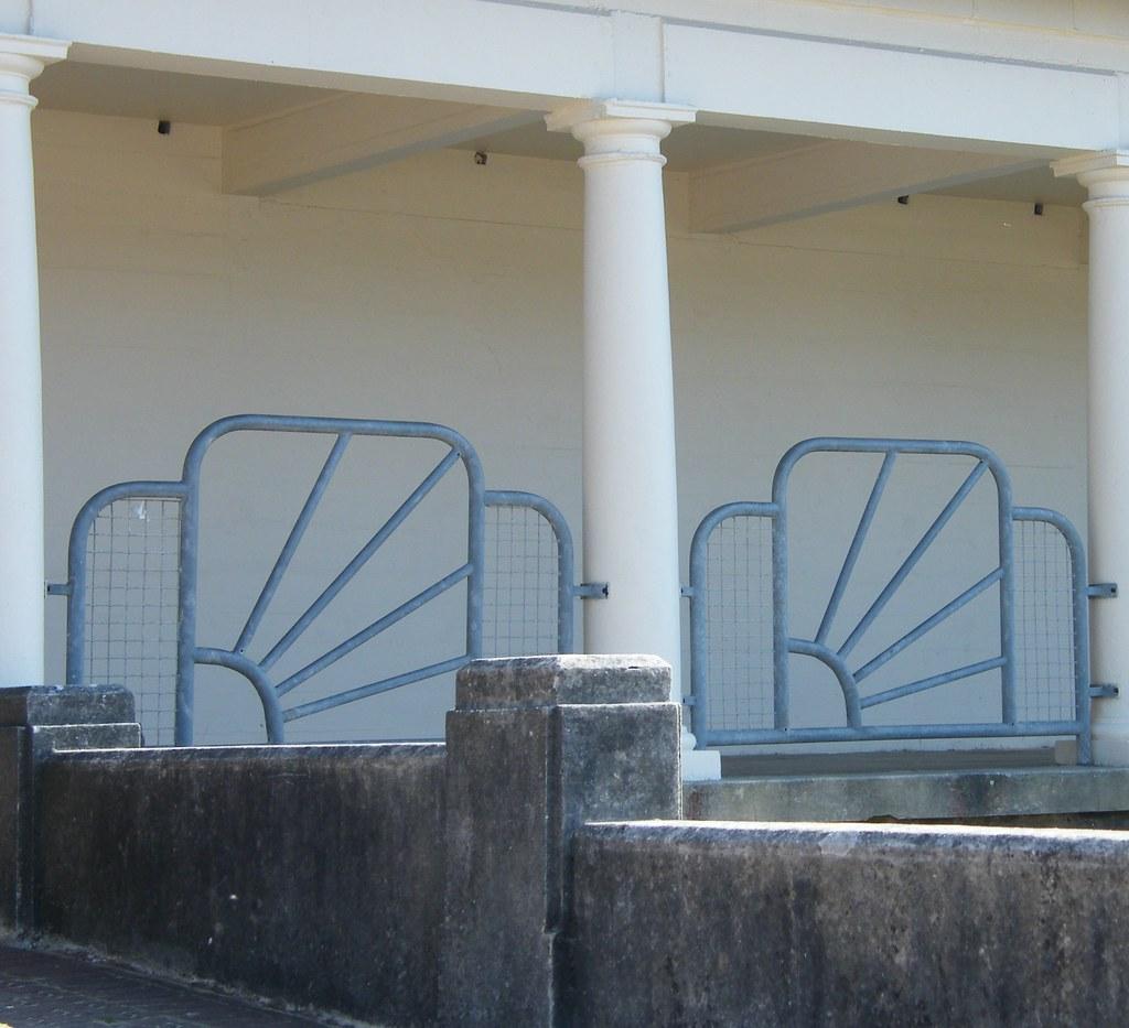 Art Deco Railing: Art Deco Railings