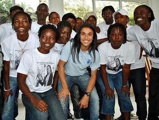8 - Marta with the Sierra Leone women's football team | by United Nations Development Programme