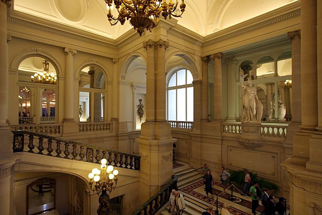 Palais royal de bruxelles escalier d 39 honneur 2 olivier monbaillu flickr - Salon de the palais royal ...