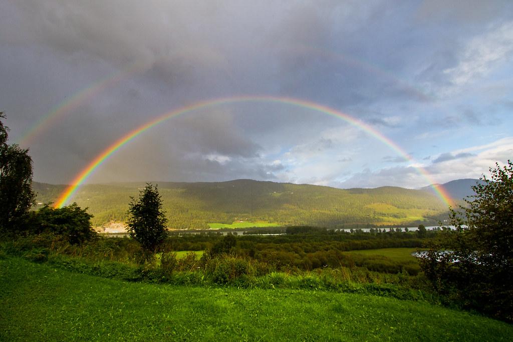 Gudbrandsdalen double rainbow. | Shot Sunday 28th August ...