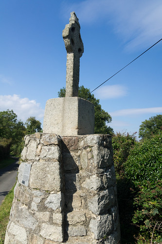 Old Celtic Cross On Lehaunstown Road | by infomatique