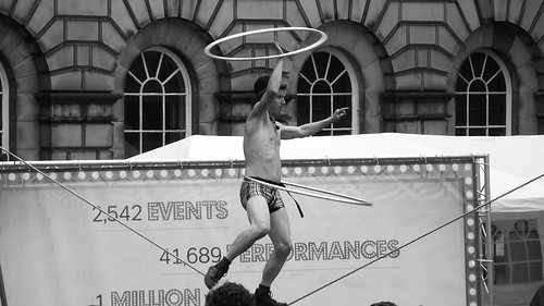 Fringe on the Royal Mile 2011 197 | by byronv2